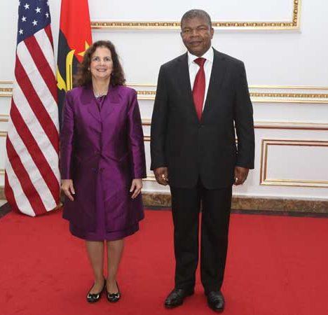 Comment avoir le visa de travail pour l'Angola